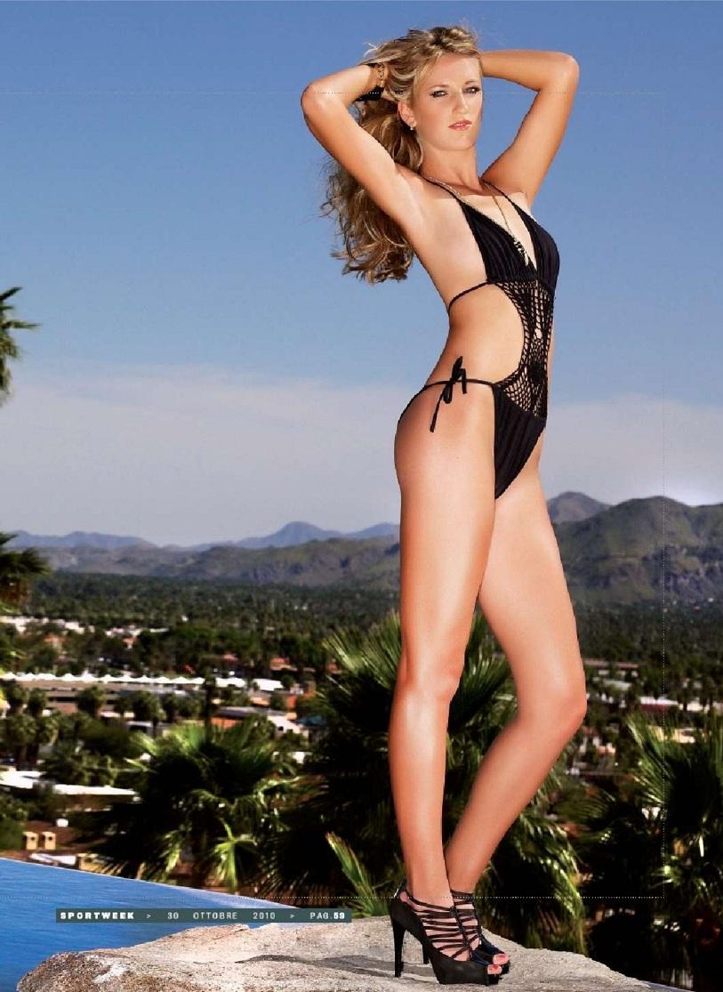 Victoria Azarenka Hot Bikini