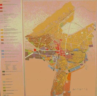 Planche A IX 9 1 du TAVO : Exemples de grandes villes orientales :   structure urbaine de Damas au 1/18 000,   Klaus Dettmann et Edwin Kleindiest, 1984 (détail).