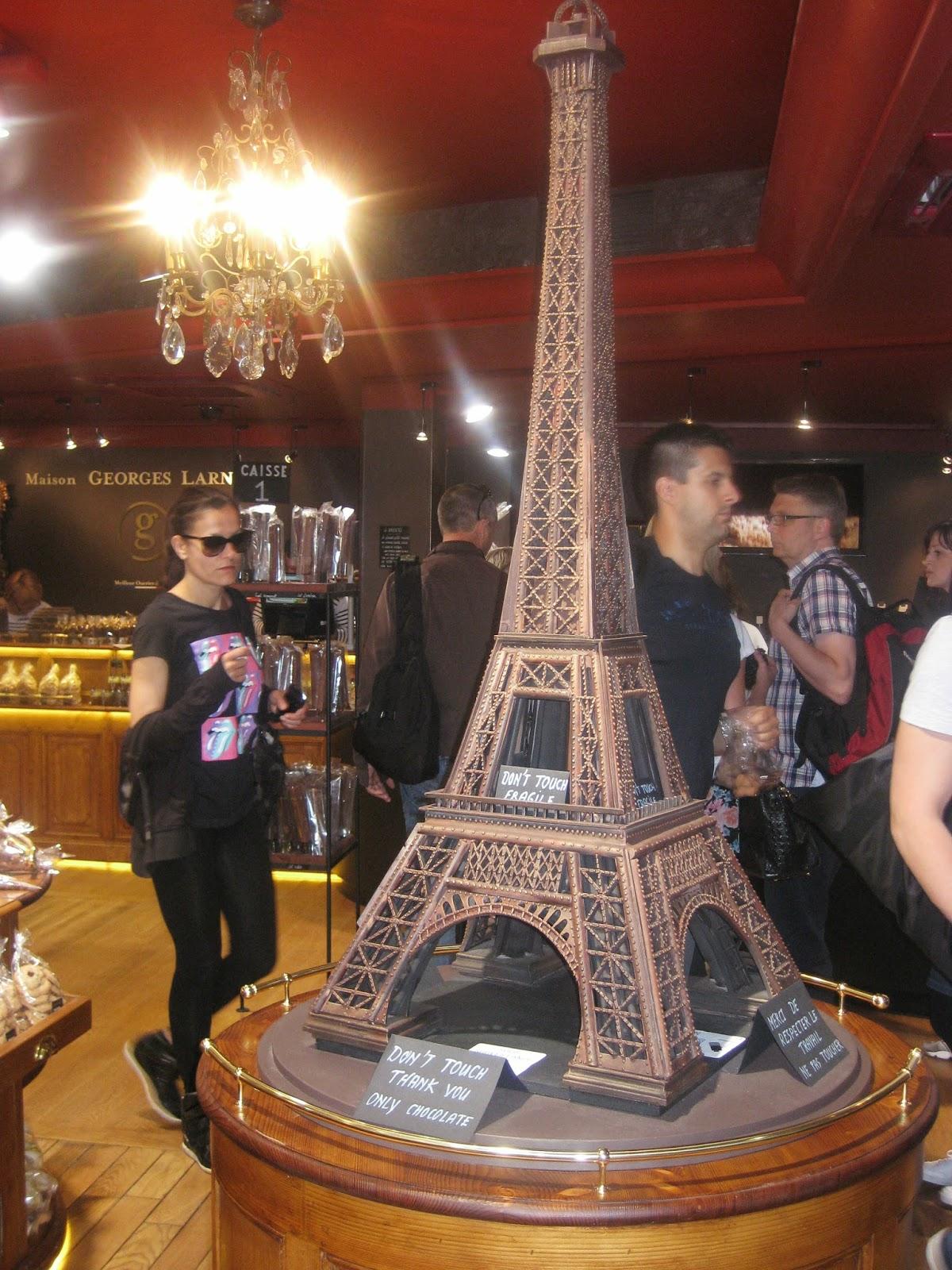 L 39 atelier de claire paris je t 39 aime - Salones de torres ...