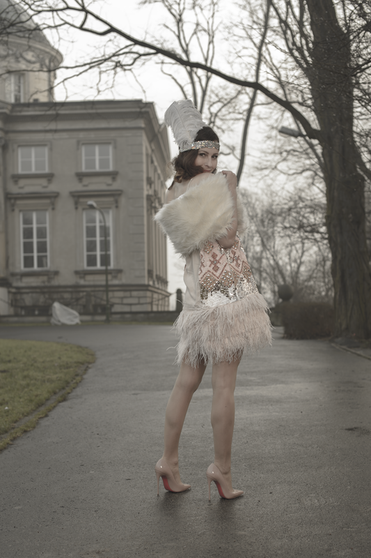 dress with feather