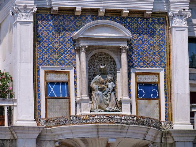 Venice traditional clock
