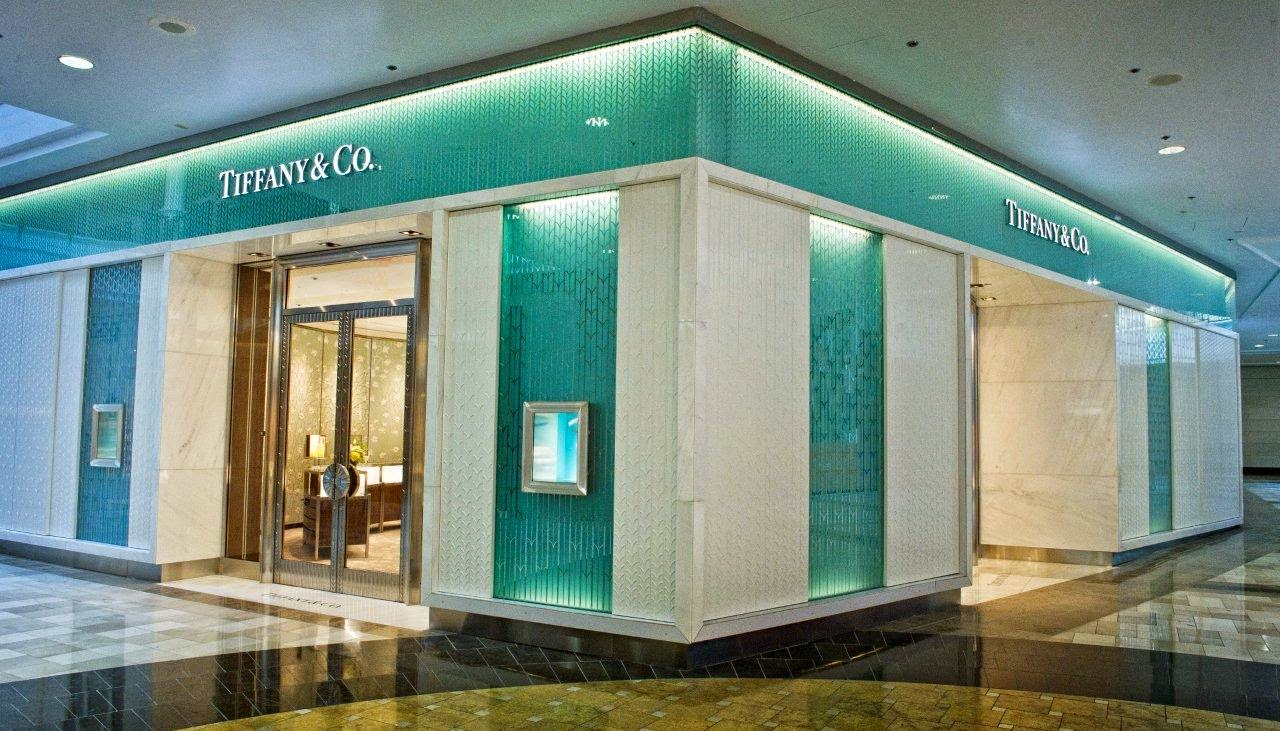 El color comunica azul tiffany el color de los sue os for Where is tiffany and co located