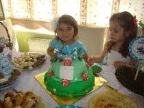 Zeynep Ece'nin Şirinler temalı 4 yaş doğum günü partisi