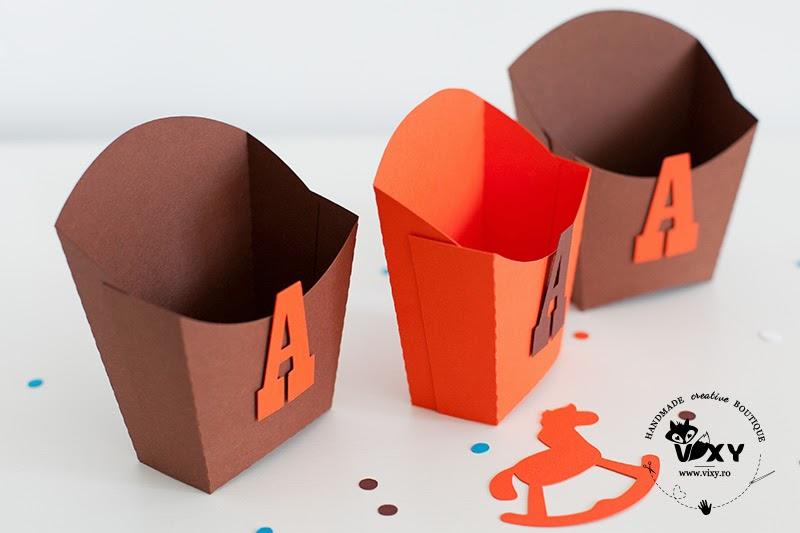 cutii petrecere, cutii biscuiti personalizate