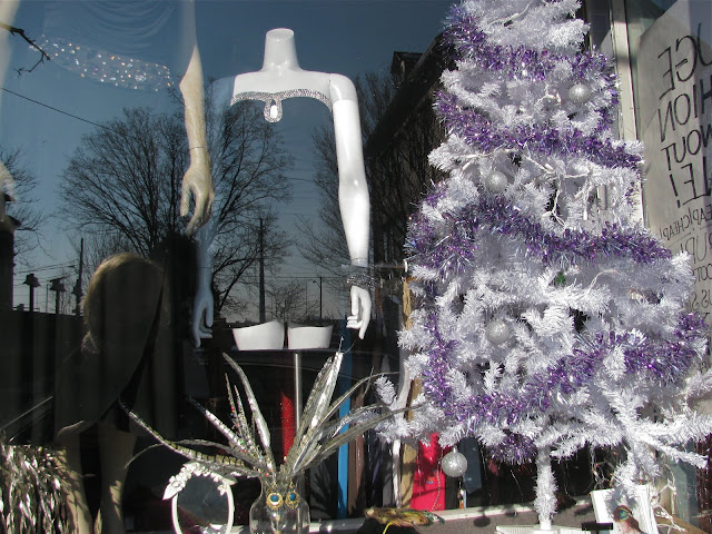 Paloma-thrift-shop-of-Providence-on-Wickenden-Street-in-Rhode-Island