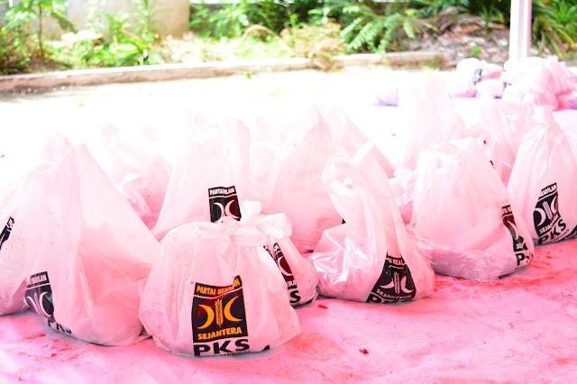 Idul Adha, PKS Kota Medan Tebar 10 Ribu Paket Daging Qurban