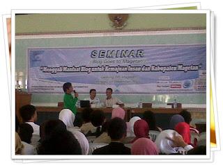 Seminar Blog Goes To Magetan 2012