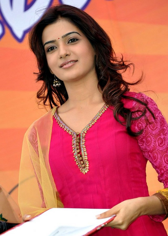 Samantha at Nishita College Annual Day Celebrations Pictures - Actress shOts
