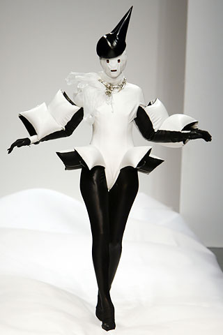 Gareth Pugh Collections