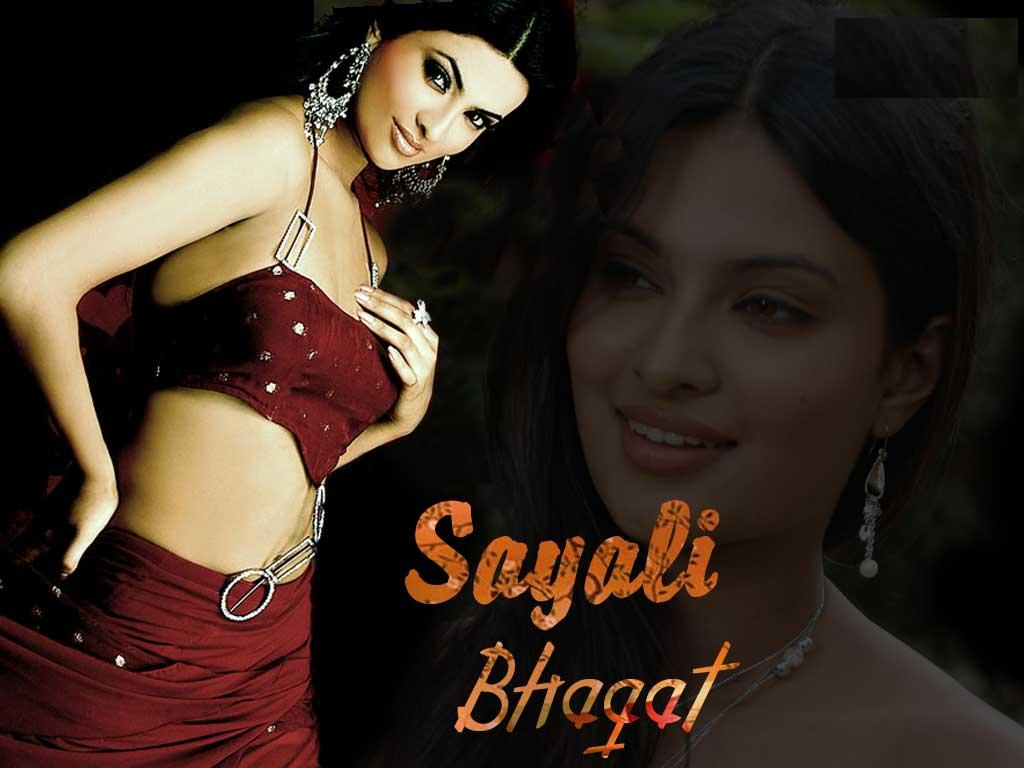 http://4.bp.blogspot.com/-vWn50MMDqHk/Tw8Lc9UT1CI/AAAAAAAAMH8/CJtbyIuUDms/s1600/Sayali_Bhagat_Glamour_Wallpaper_in_Ghost_Movie.jpg