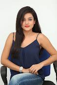 Mishti Chakraborthy latest dazzling pics-thumbnail-17