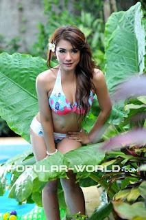 Harazchika Dewi for Popular Magazine, May 2012 (Part 2)