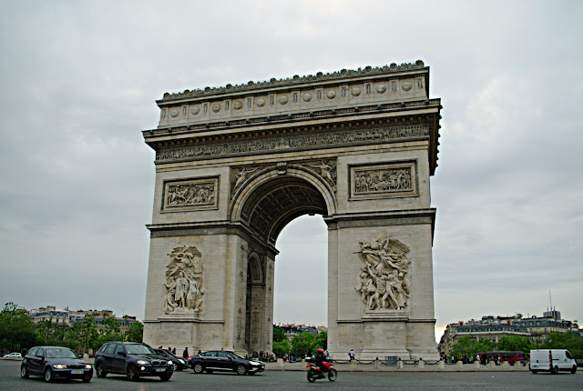 Arc de Triomphe de l'Étoile  Paris photos