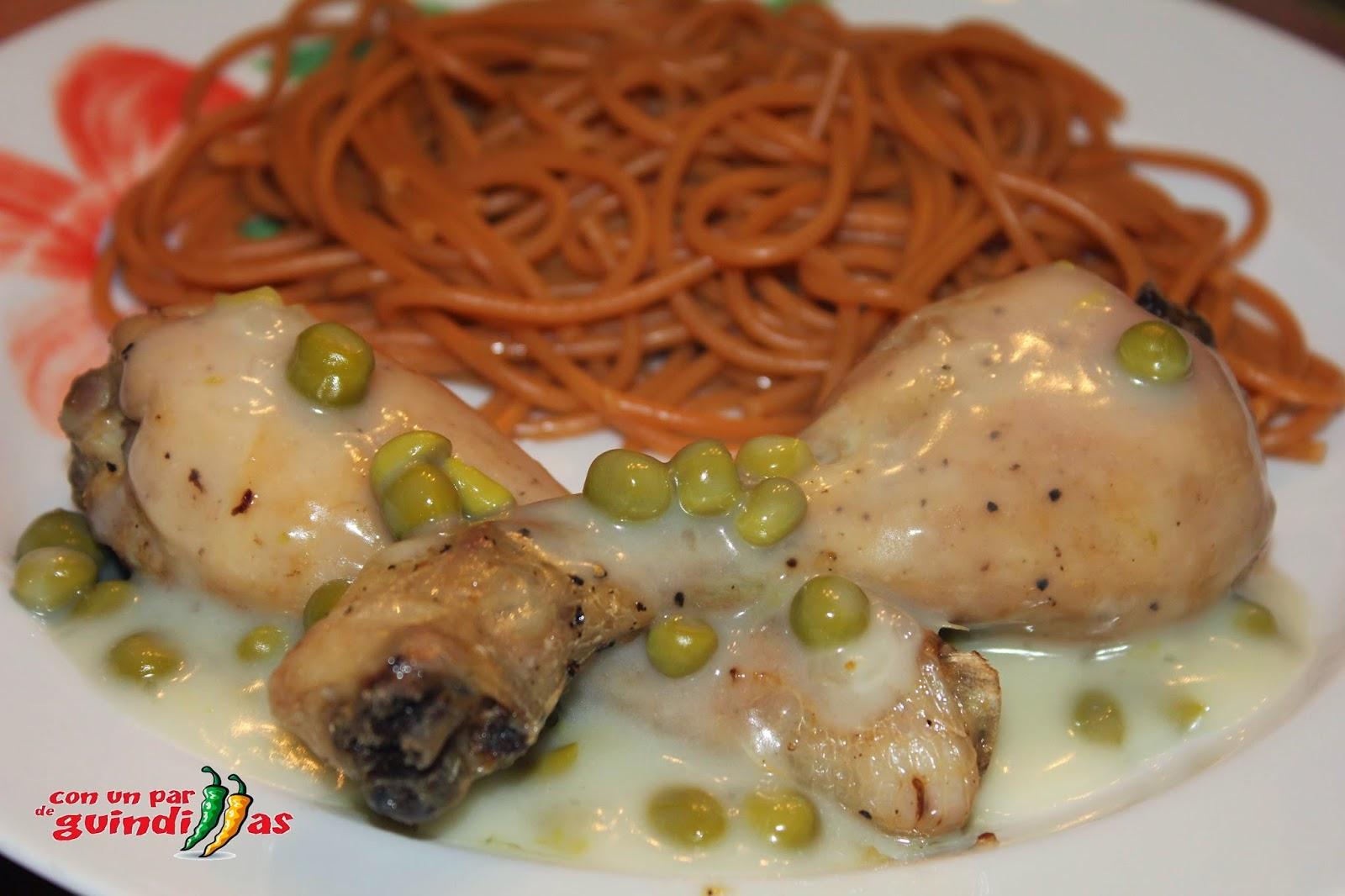 Jamoncitos de pollo al Jerez con espaguetis
