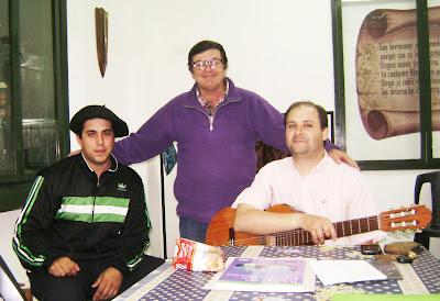 Mariano González, Rubén Sada y nuestro profesor: Emanuel Gabotto