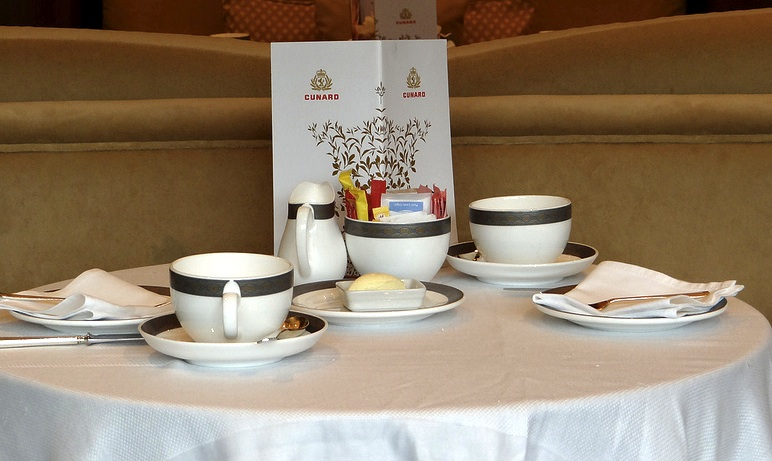 High Tea Tips : Cunard and twinings afternoon tea on board a ritual and institution
