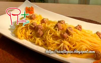 Carbonara Curiosa (con Salsiccia) di Cotto e Mangiato