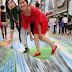 क्या आपने देखी है ऐसी सड़क - वान्गफूजिन्ग स्ट्रीट 3-डी पेंटिंग