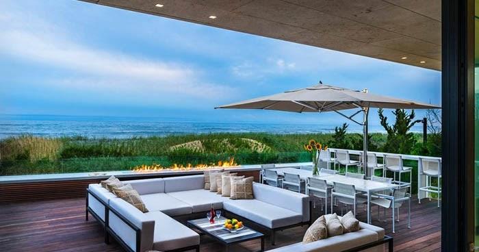 Casas minimalistas y modernas casa moderna frente al mar for Casa moderna frente al mar