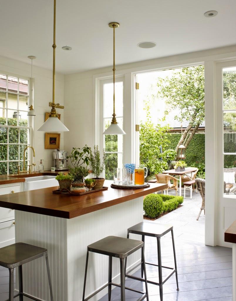 Ivonne sempr n cocina abierta al jard n for Cocinas para jardin