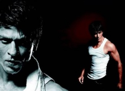 http://4.bp.blogspot.com/-vXvl9e-i864/TZxrnE34uOI/AAAAAAAAGk4/GtMsjZm_S5g/s1600/Shahrukh_Khan_Ra_One_Photos-Wallpapers-7.jpg