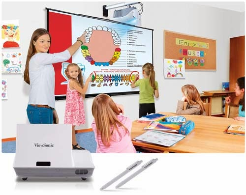 ViewSonic PJD8653ws and PJD8353s Networkable Projectors