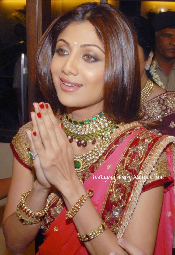 indian gold and jewellery shilpa shetty in bridal