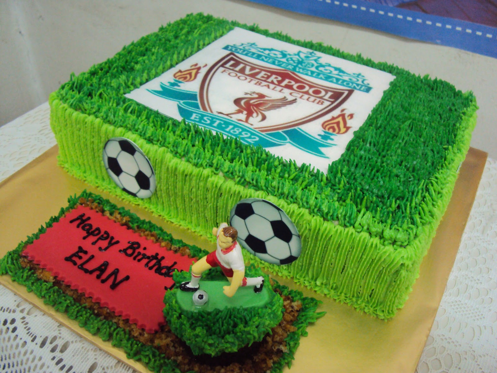 Lmis Cakes Cupcakes Ipoh Contact 012 5991233 Soccer Field Cake