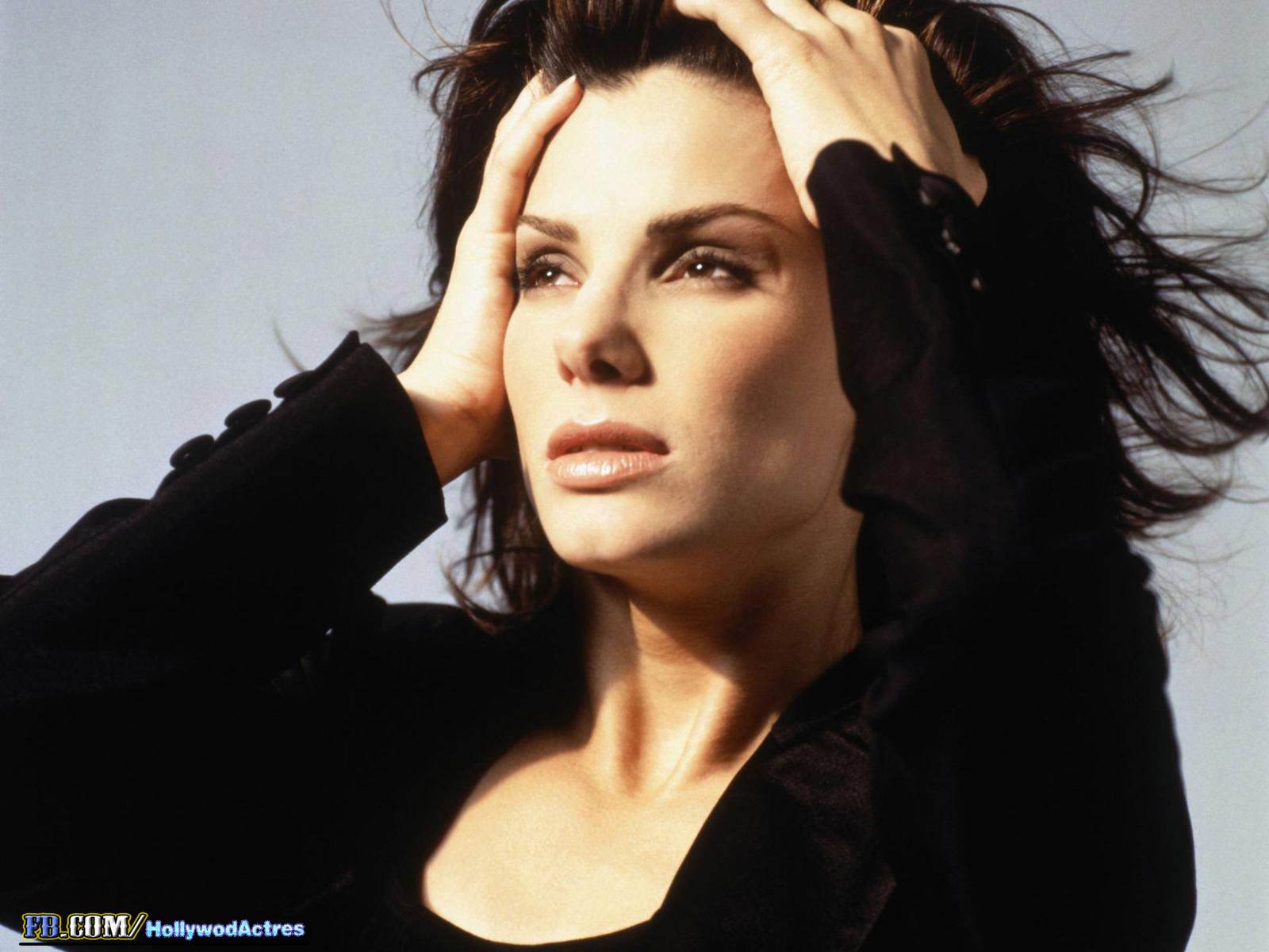 http://4.bp.blogspot.com/-vYDHetGQS_A/URSVatb_SUI/AAAAAAAALhU/yodxnY1Ahck/s1600/Sandra+Bullock+14.jpg