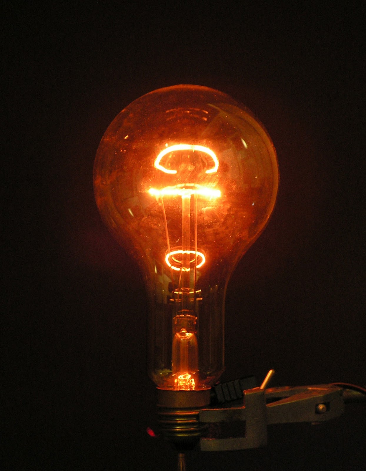incandescent bulb
