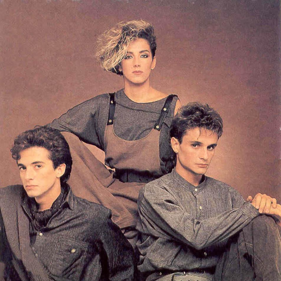grupos musicales espanoles de los 90: