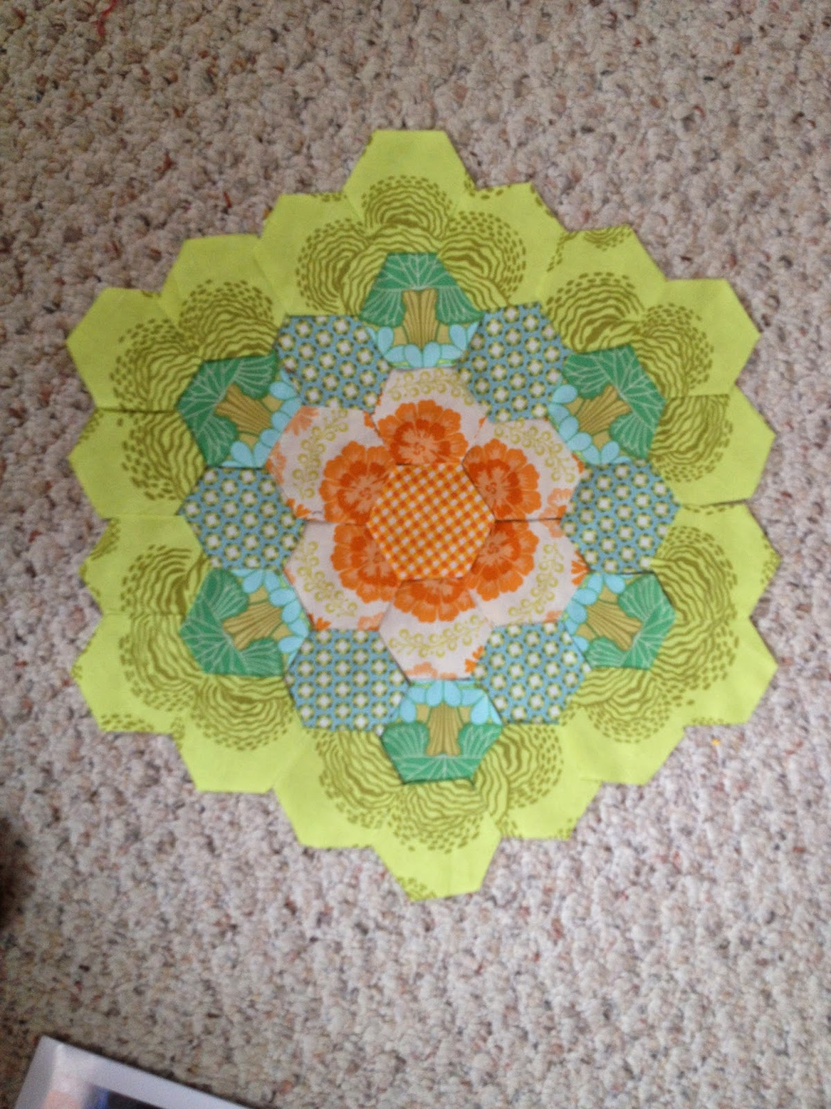 Sewing & Quilt Gallery March 2015
