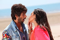 Saree Ke Fall Sa Download mp3 r rajkumar songs pk teaser