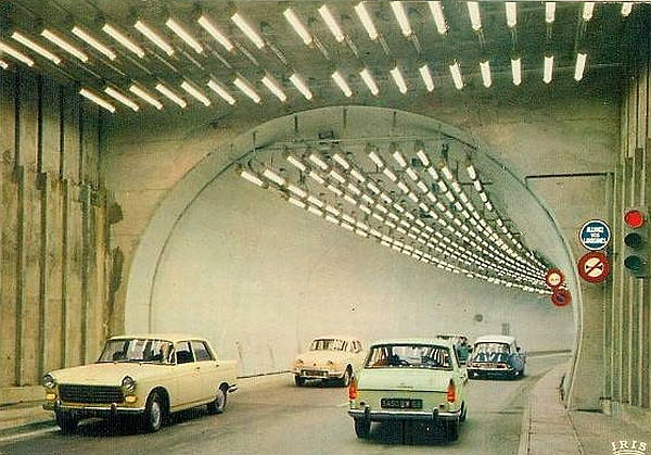 transpress nz peugeot 404 in the tunnel du mont blanc