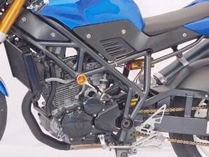Yamaha Scorpio-Z Gaya streetfighter 2.jpg