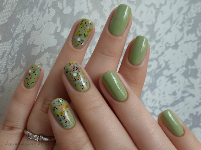Happy hands Flowers on the Highway & Essie Navigate her