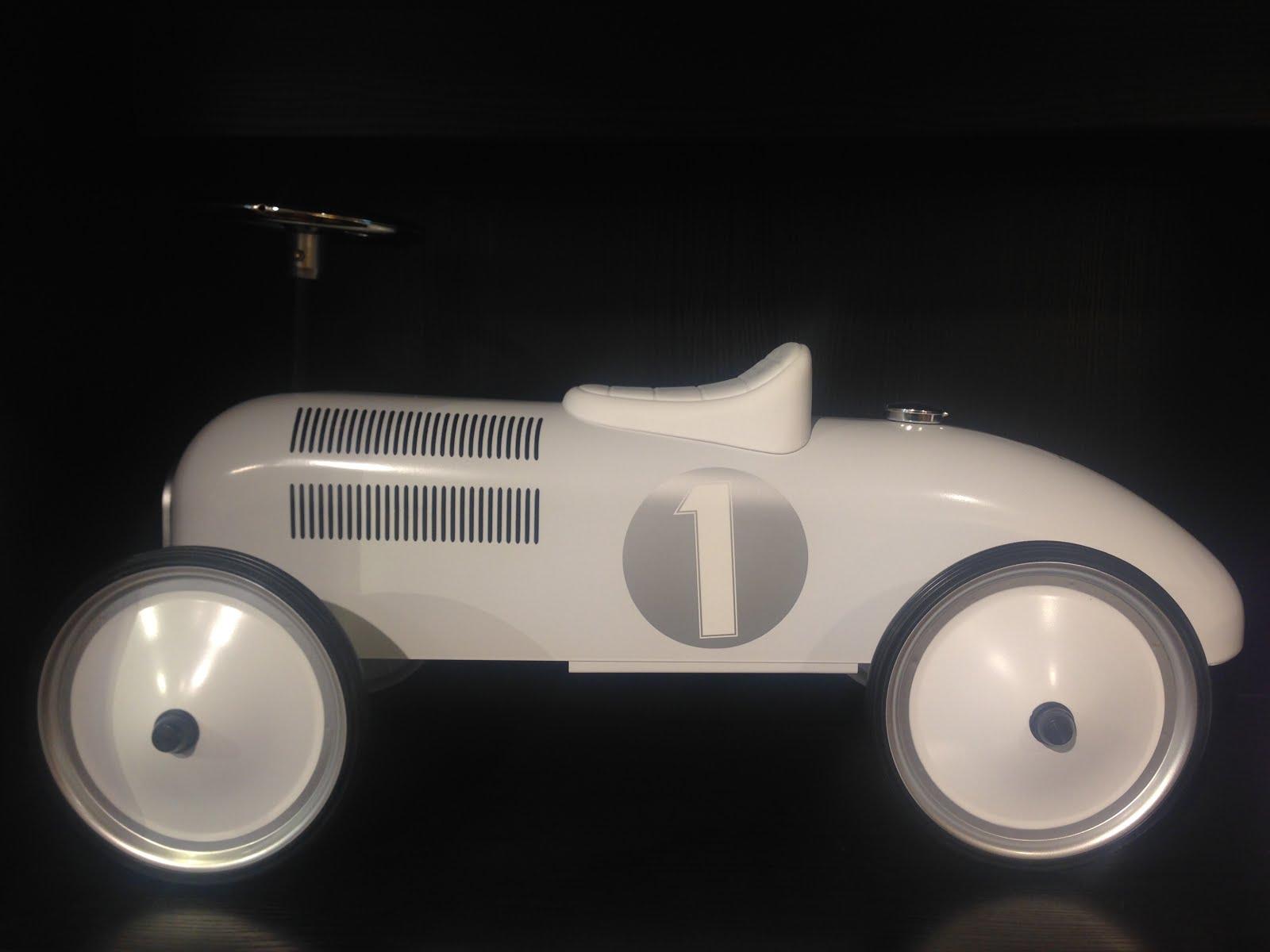 Bil,- enkelt og greit...