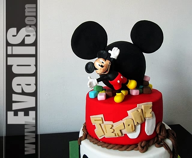 Picture of closer view for Mickey Mouse Cowboy Cakes