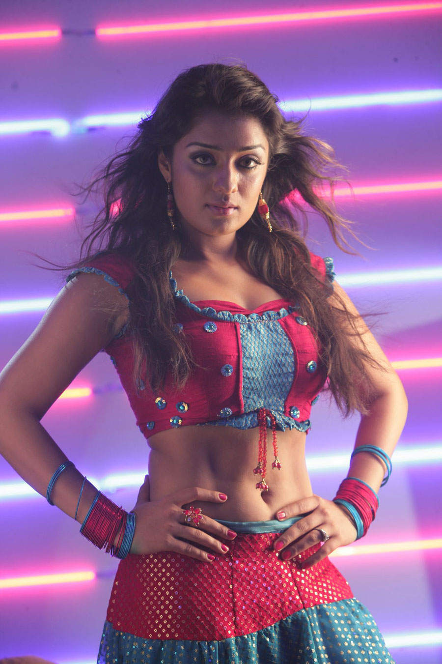 nikitha from daddy cool item song photo gallery