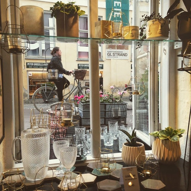 Copenhagen City Guide Shopping Mant