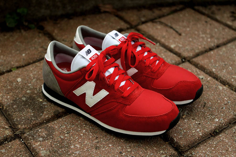 new balance 420 black and red