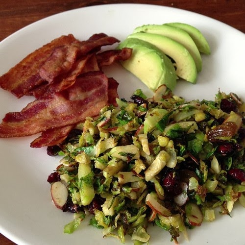 Worthy Pause Paleo Food Blog: Paleo Chorizo Brussels Sprouts Slaw