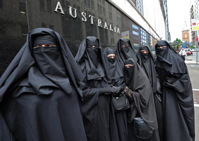 Funny Burka Muslim Women - Australia