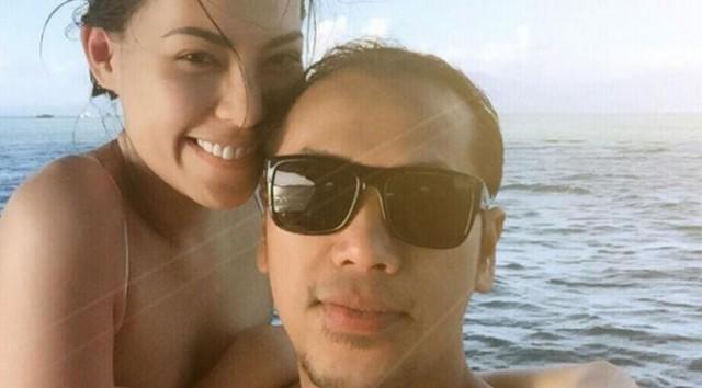 Foto Mesra Sammy Simorangkir dan Viviane