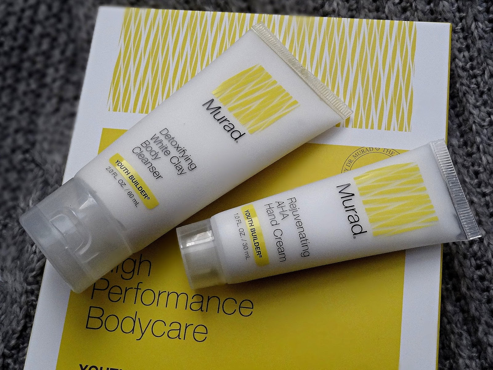 Murad Youth Builder Bodycare Preview Kit