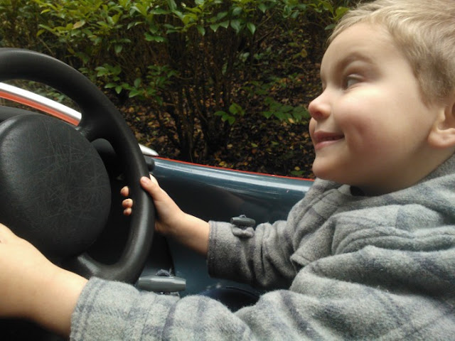 Big Boy driving round Disney Land Paris