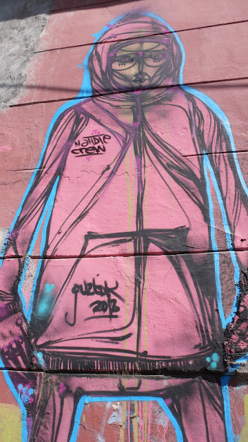 street art in santiago de chile barrio brasil arte callejero guztok