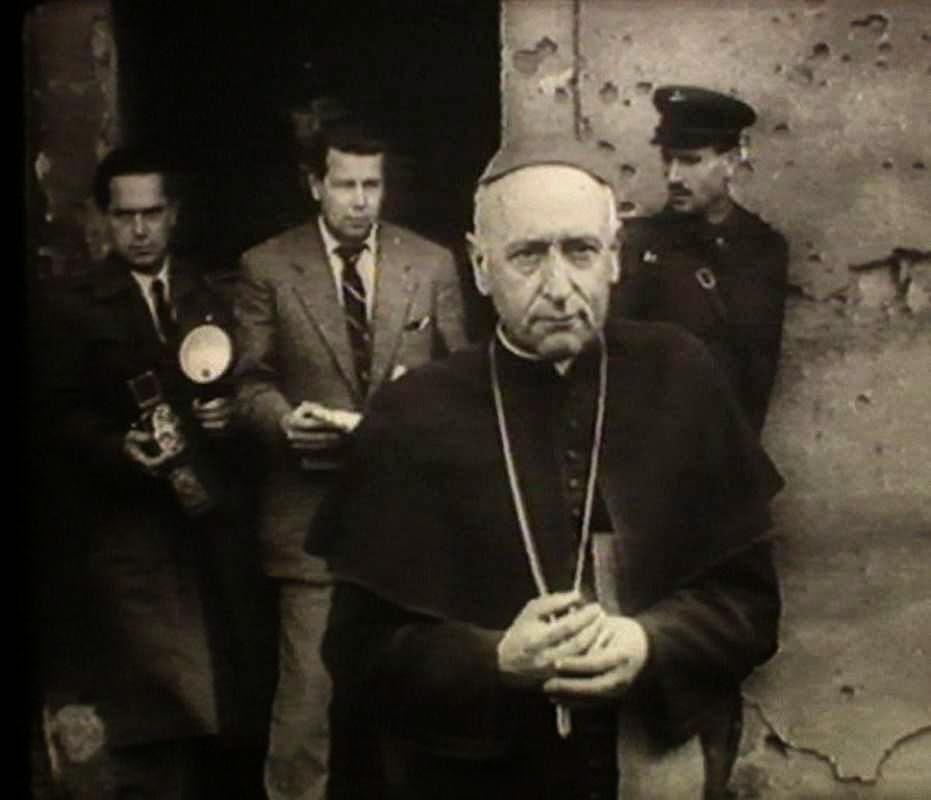 O Cardenal Mindszenty é libertado da prisão comunista, 31-10-1956