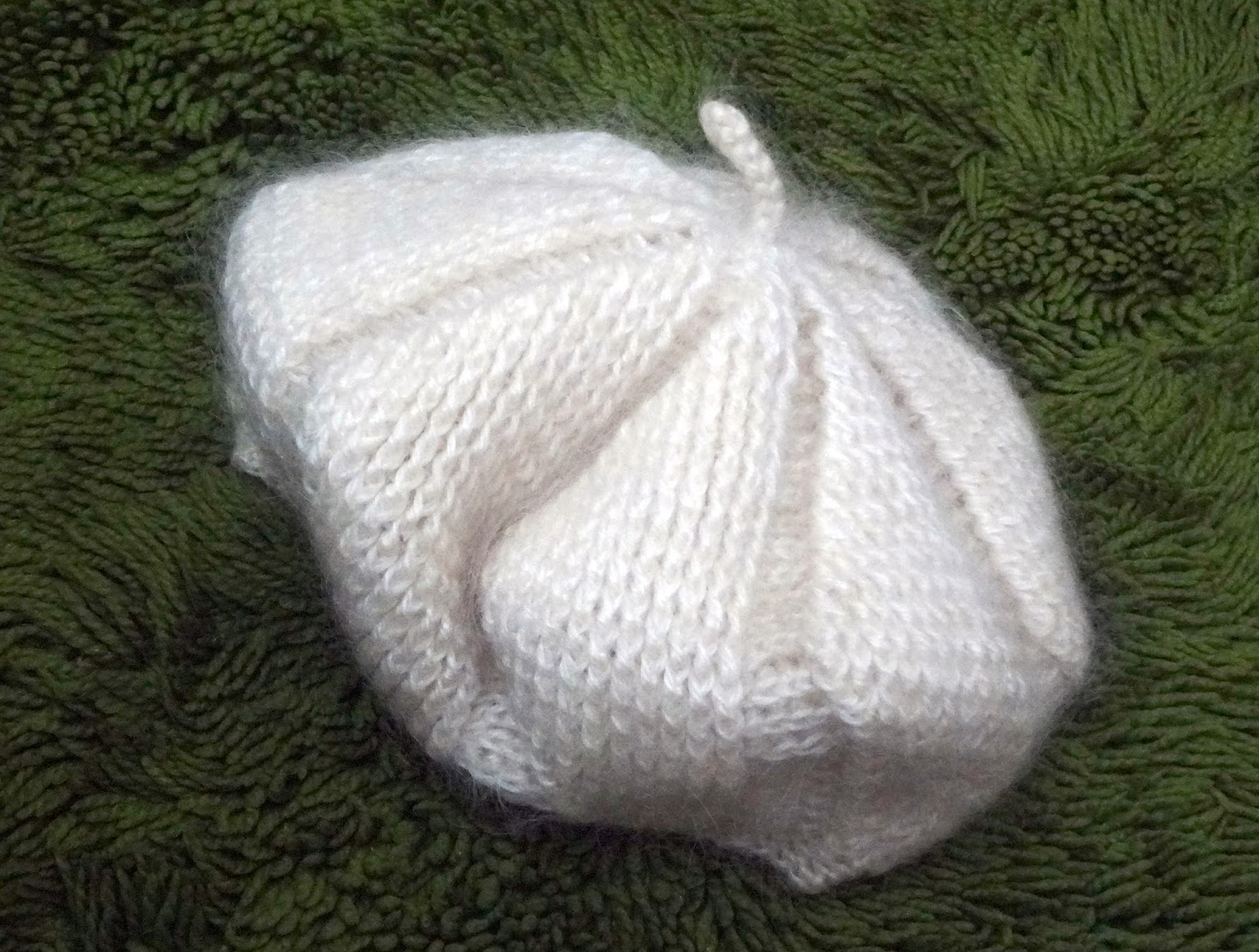 Bordados ganchillo y punto boinas de lana - Labores de punto de media ...