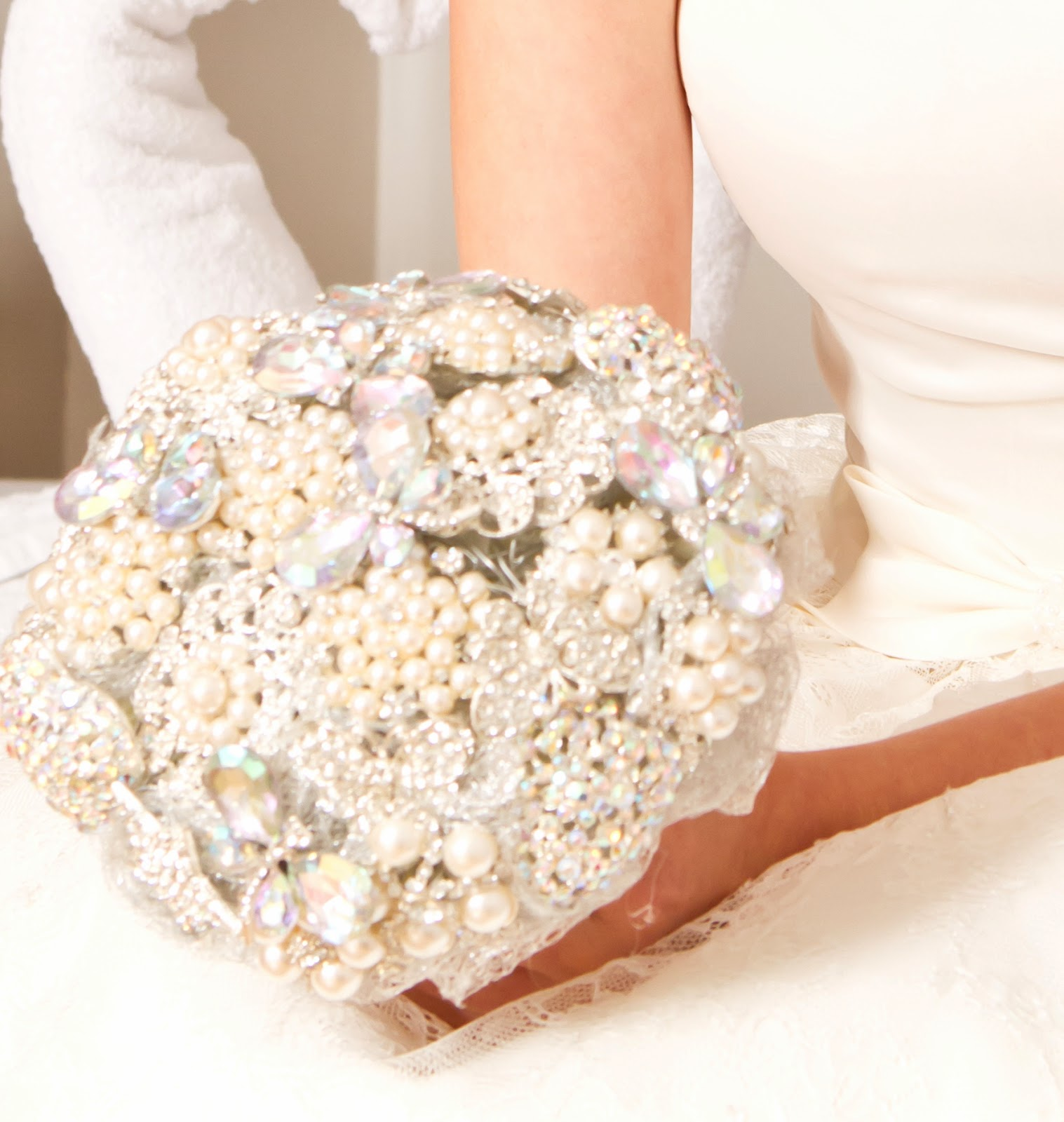Kays Flower School Brooch Bouquet Training